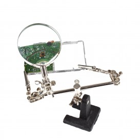 Magnifier with clips